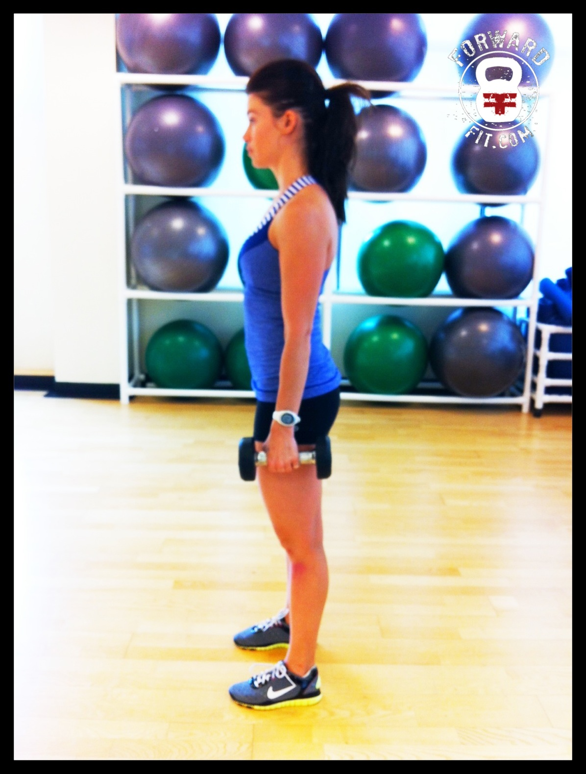 Squat Dumbbell 1
